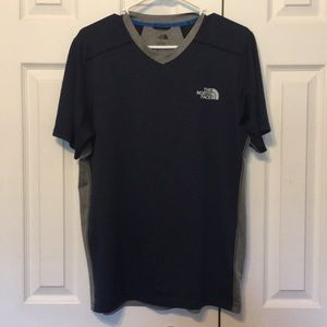 Men's *The North Face* shirt